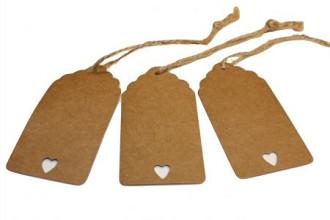 Label hart karton 4x8cm + 22cm met koord  50 stuks