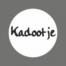 Etiket / Sticker   wit-zwart 'Kadootje' 500 stuks