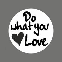 Etiket / Sticker   wit-zwart 'Do what you Love' 500 stuks
