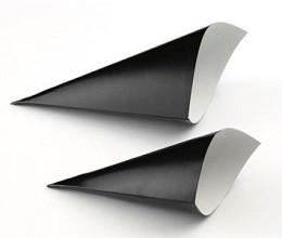 Puntzakje karton zwart diam. 45 x 90/130mm 100 stuks